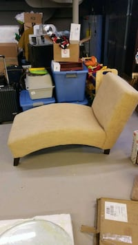 brown and white fabric sofa chair 588 mi