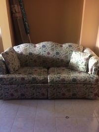 white and blue floral fabric 3-seat sofa Berwyn Heights, 20740