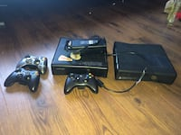 black Xbox 360 console with controllers Ottawa, K1V