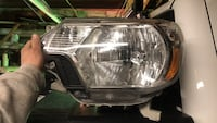 2012 Toyota Tacoma D.S. Headlight w/ bulbs Scranton, 18504