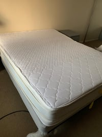 white and gray bed mattress Mc Lean, 22102