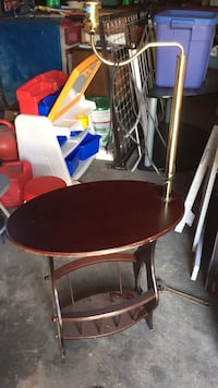 Table with lamp Metairie, 70001
