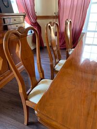 Dining  room and credenza Accokeek, 20607