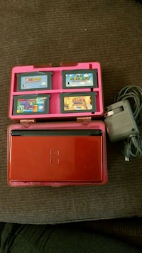 Nintendo DS Lite w/4 games and charger Gastonia, 28052