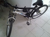 Pacific mountain bike 21 speed in great condition  Elyria, 44035