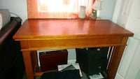 Console table w/removable top Centereach