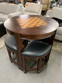 New counter height chess checkers table PRICE IS FIRM Modesto, 95350