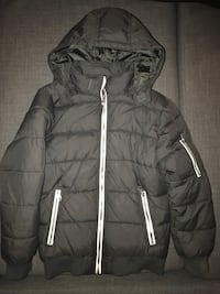 Black zip-up bubble jacket H&M Vaughan, L4L 2S8