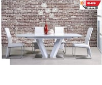 Beautiful solid wood dinning table is now at pre boxing day sale  Brampton