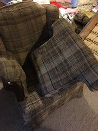 blue and white plaid fabric sofa Barrie, L4M 2Z7