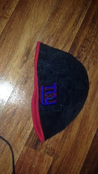 black and red New York Giants knit cap Tulsa, 74115