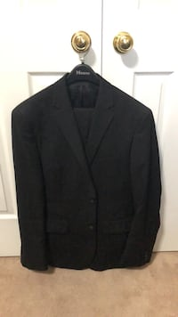 Black notch lapel suit jacket Hamilton, L8J 3S5