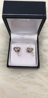 Sterling silver 925 heart earrings (brand new ) Montréal, H4R 3J5