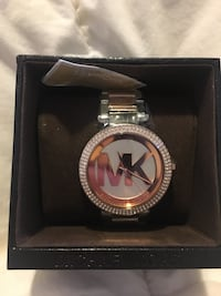 Round silver michael kors watch with link bracelet