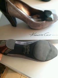 Size 9.5 kenneth cole pumps St. Catharines, L2M 6N3
