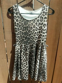 women's black and white leopard print sleeveless d Winter Haven