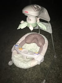 Fisher price cradle swing great condition only 40$ FIRM  Glen Burnie, 21061
