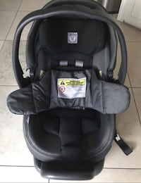 baby's black car seat carrier Washington, 20024