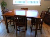 Dinning table and  bar height chairs Springfield, 22150