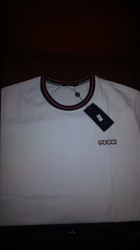 white and black Adidas crew-neck shirt Ottawa, K2C 3G1