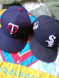 2 snapback for price of 1 Los Angeles, 91331