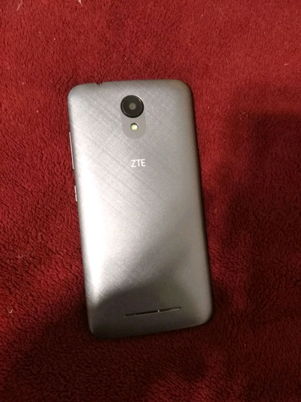 ZTE Android Android plateado