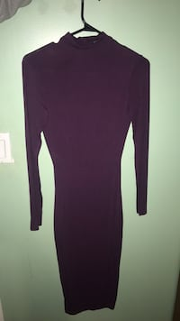 S/M womens purple long-sleeved backless dress Surrey, V3V 8A7