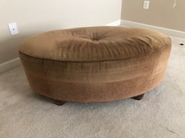 Oval Tufted Cocktail Ottoman
