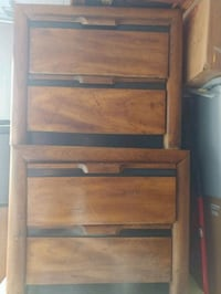 brown wooden 2-layer shelf Ashburn, 20148