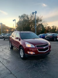 2010 RED CHEVROLET TRAVERSE LT SUV 3RD ROW 1 OWNER REMOTE START SMOOTH