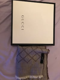 Authentic Gucci scarf spring Toronto, M3M 3K3