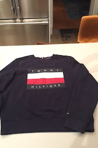 Tommy Sweater Adult Small