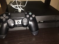 PS4 + 1 game and original controller Mississauga, L4Z 2M5
