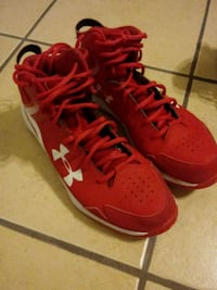 pair of red Nike basketball shoes McAllen, 78501