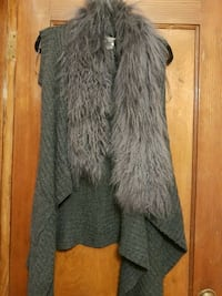 Ladies grey cardigan with pockets  Toronto, M6C 1C5