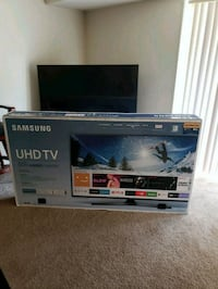 65 inch 4K Smart T.V Suitland-Silver Hill, 20746