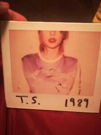 Taylor Swift 1989 album Edmonton, T6G 0Y5