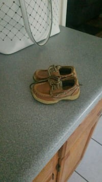 Baby shoes size 6c Stafford, 22554
