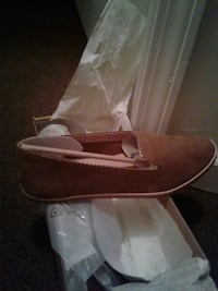 pair of brown leather loafers uggs Atlanta, 30315