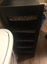 Chest of drawers  Spring Hill, 37179