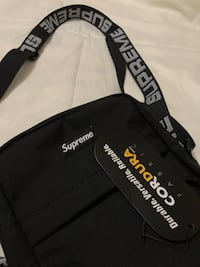 Supreme side bag Toronto, M2M 2E8