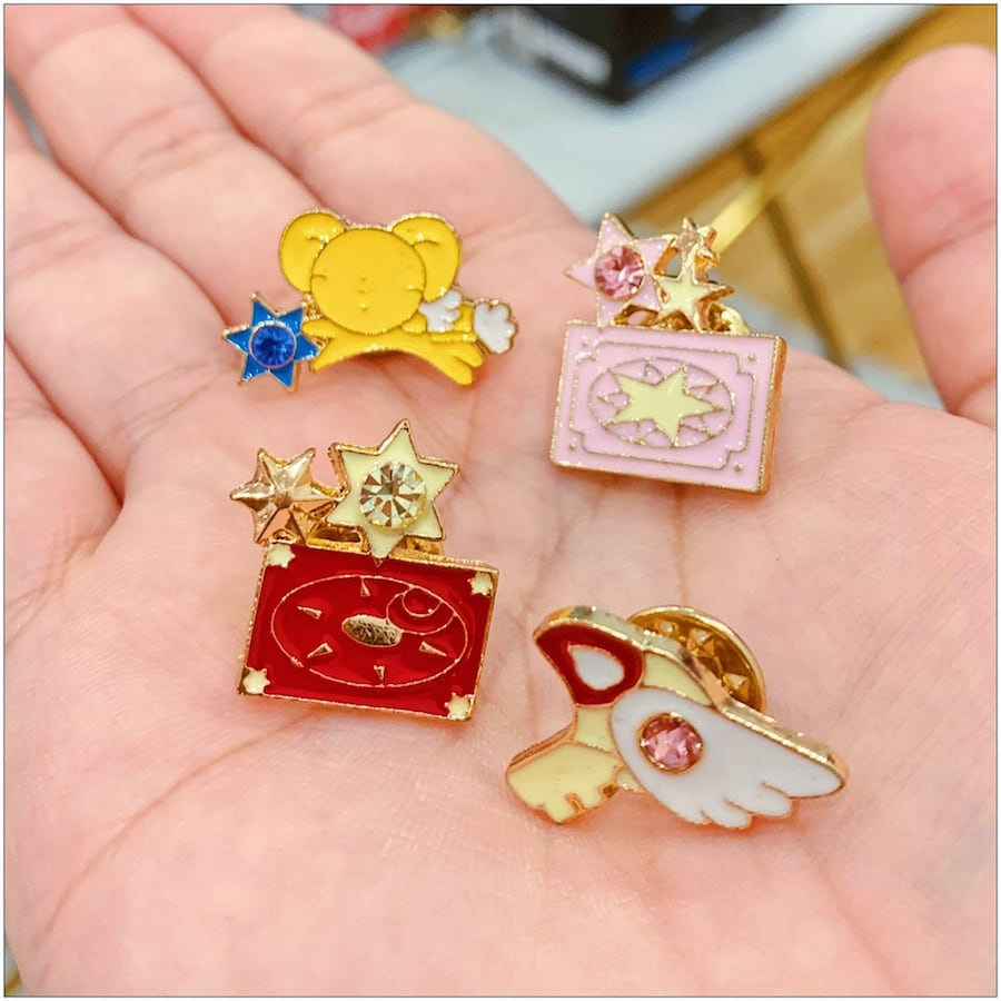 PRICE IS FIRM, PICKUP ONLY - Cardcaptors Pins