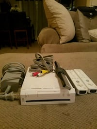 Wii with 2 controllers Pensacola, 32507