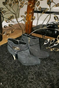 Guess by Marciano Suede booties Mississauga, L4Y