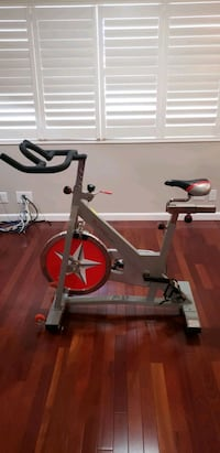 Sunny Indoor Cycling Bike Santa Monica, 90403