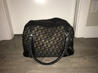 TNA black and gold large bag Burnaby, V5C 6M2