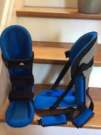 Braces for Achilles stretching/support - Size M (10 -10.5) Adjustable & Cushioned. $70  for the pair. Kitchener, N2H 5P4