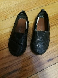 Baby glitter sparkly black shoes Size 6 Chicago, 60652