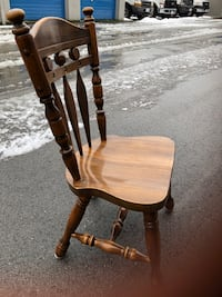 6 Dining room chairs Coquitlam, V3J 2M9