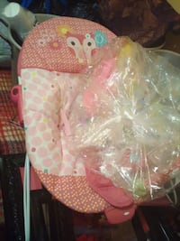 baby's white and pink bouncer San Angelo, 76905